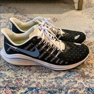 Nike Shoes - Nike zoom vamero size 10.5! Used